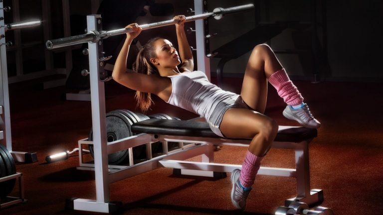 Как правильно заниматься фитнесом и фотографировать свои достижения?